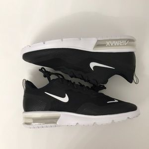 WMNS Nike air max sequent 4,5